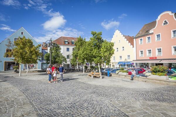 Bild vergrößern: Unterer Marktplatz Schwandorf