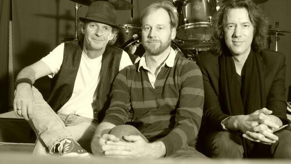 Bild vergrößern: Arnie Van Straaten Band