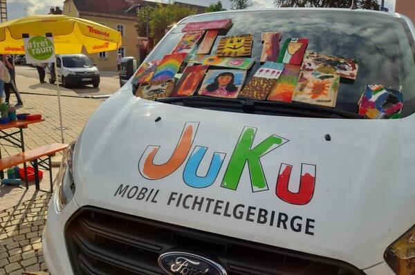 JuKu-Kreativmobil am Adolf-Kolping-Platz